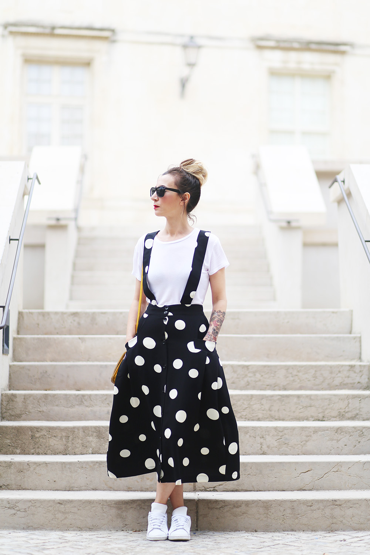 robe-noir-petit-pois