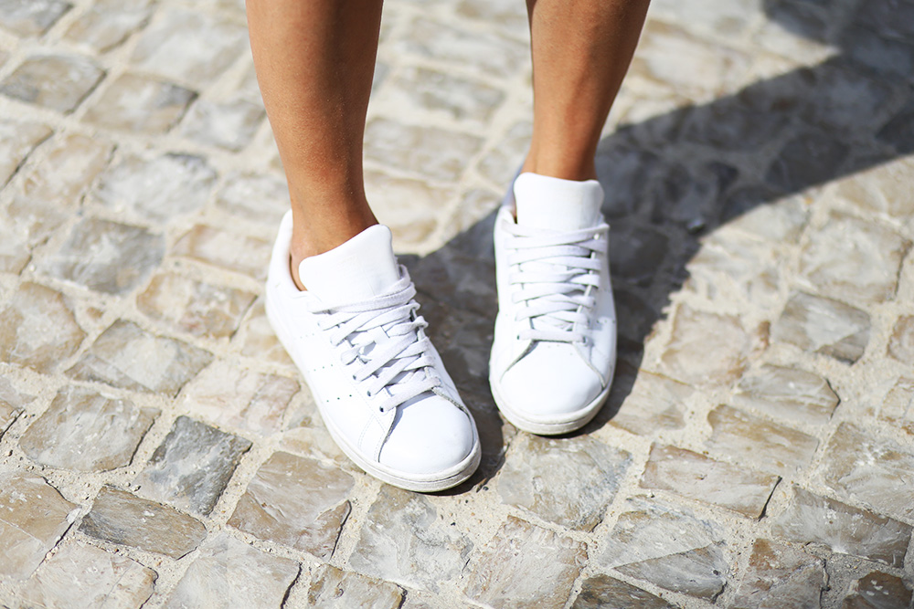 baskets-adidas-blanches