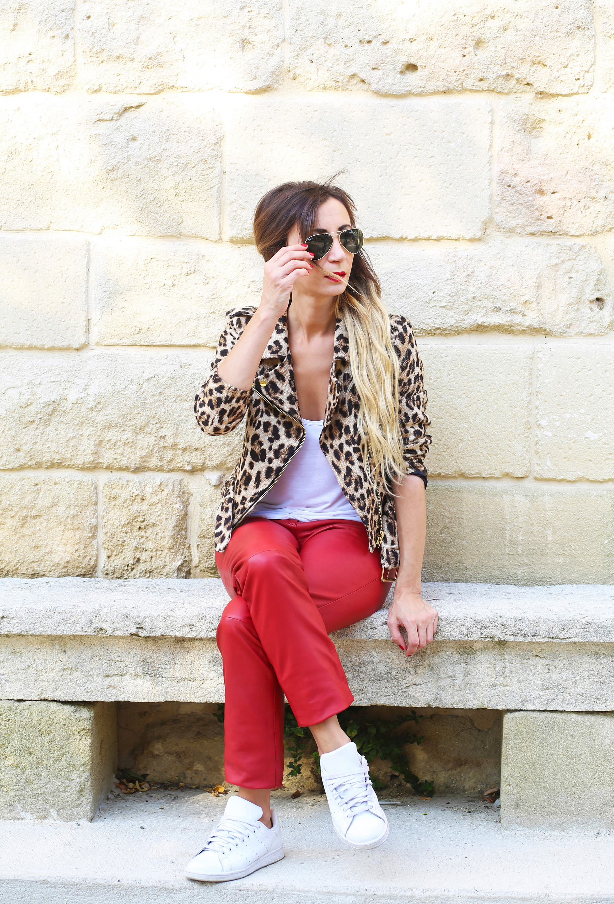 blog-mode-pantalon-cuir-rouge
