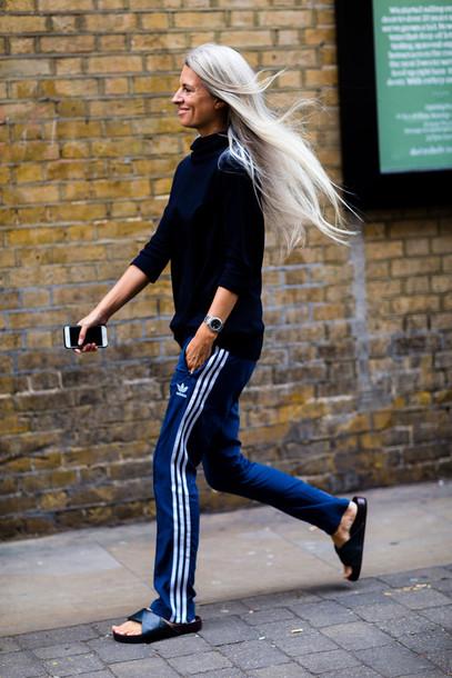 pantalon bleu Adidas