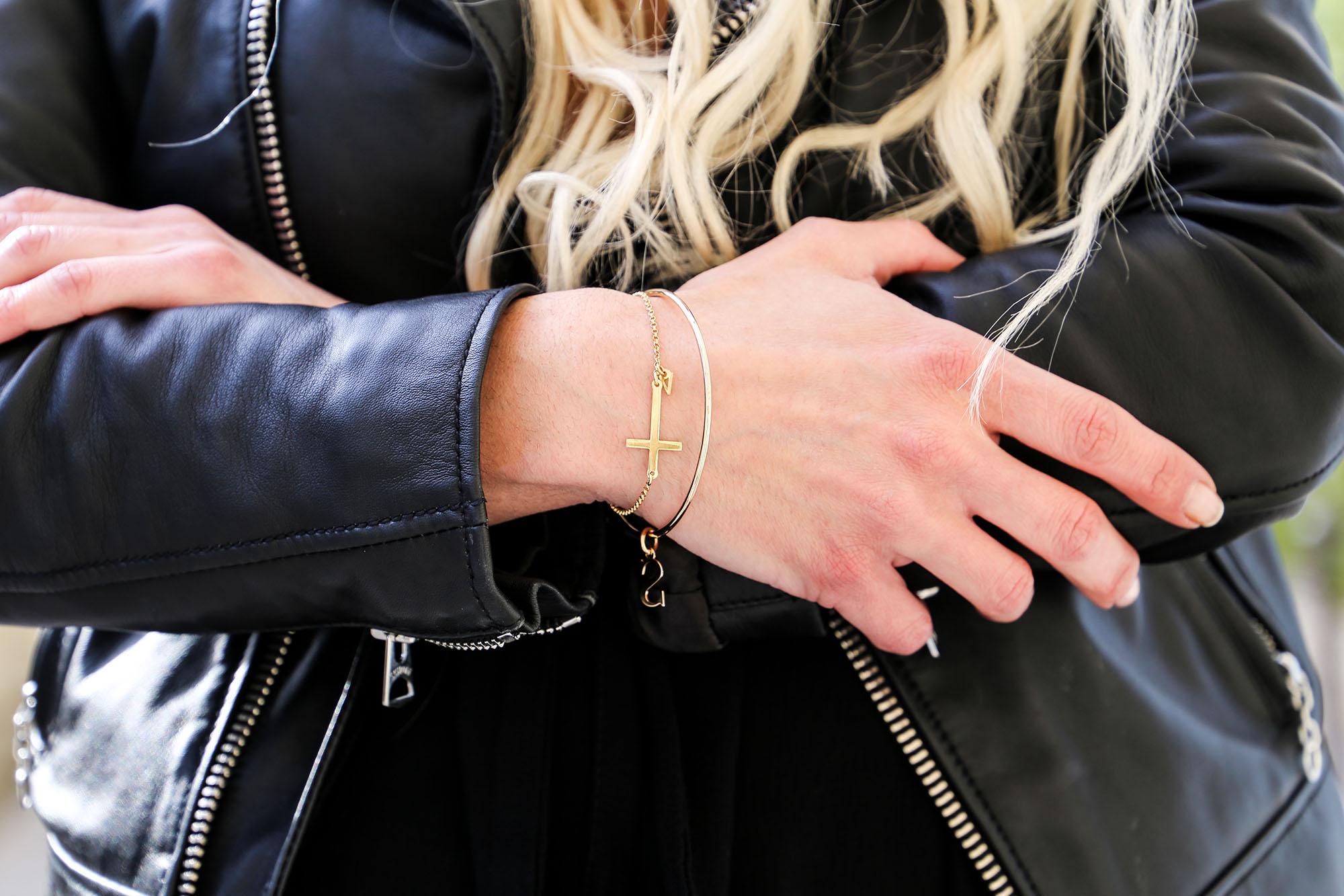 bracelet oNecklace